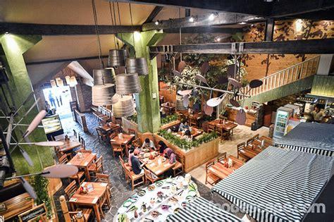 happy day restaurant juanda jakarta food escape