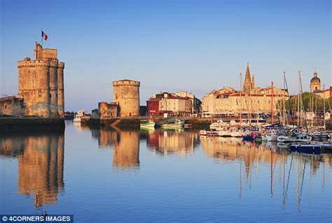 port de la palmyre a family at siblu les charmettes in charente maritime on the atlantic coast daily mail