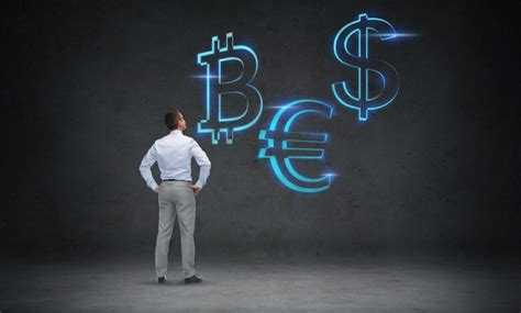 """Why you should (and shouldn't) buy bitcoin. """"Bitcoin (BTC) should be worth 45 times as much"""" - Personal Financial"""
