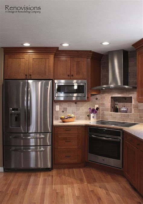range cover kitchen transitional with brookhaven 25 best ideas about cherry cabinets on cherry