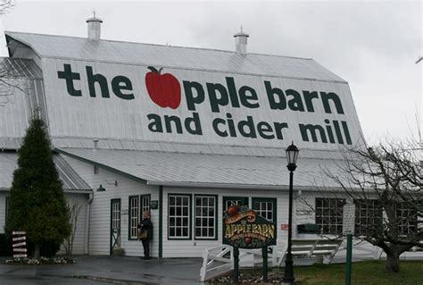 apple barn restaurant pigeon forge pigeon forge tn the apple barn seetryfly