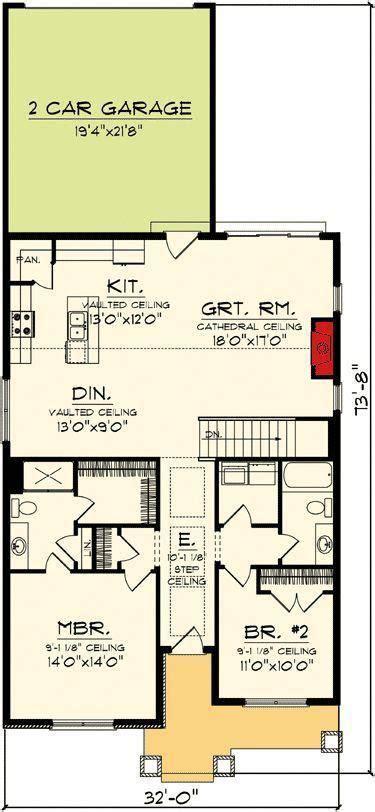 craftsman home plan  major curb appoeal ah st floor master suite butler walk  p