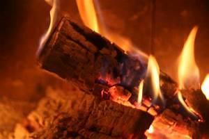 Feuer Kamin Garten : mit holz fabulous mit holz with mit holz perfect filebauen mit holz logopng with mit holz ~ Markanthonyermac.com Haus und Dekorationen