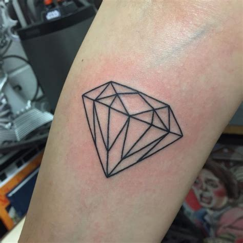 75+ Best Diamond Tattoo Designs & Meanings  Treasure For