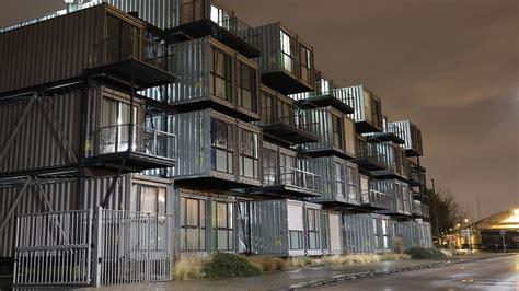 günstig wohnen in berlin g 252 nstig wohnen im container neues studentenwohnheim in