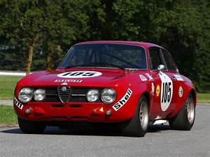 Alfa Romeo Greats 10 Cars The New Giulia Has To Live Up To Evo