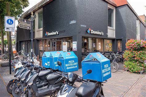 dominos deventer shoppen  deventer