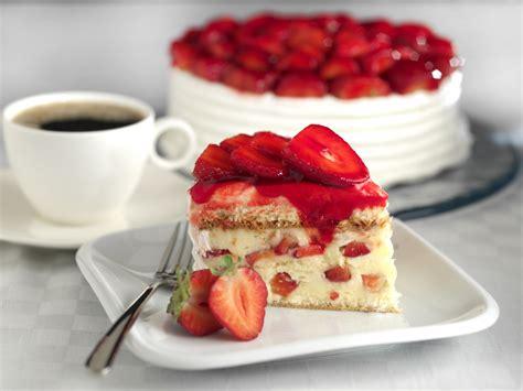 jeux de aux fraises cuisine gateaux gâteau aux fraises recette de gâteau aux fraises marmiton
