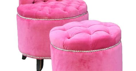 Pink Tufted Vanity Bench & Stool. Totes Want This