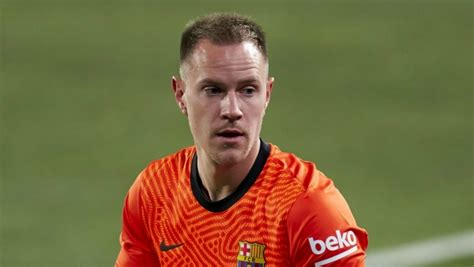 Barcelona suffer too much late in games, says Ter Stegen