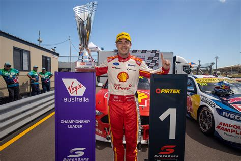 mclaughlin wins  leg  triple crown supercars