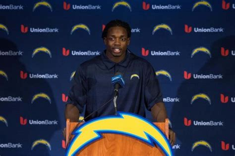 Melvin Gordon Worked Out Deal To Get No. 25 From Stuckey