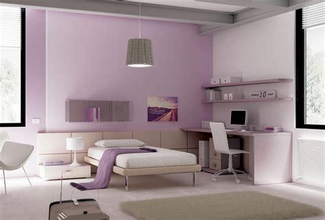 chambre pour 1 personne dans chambre ado épurée avec lit 1 personne compact