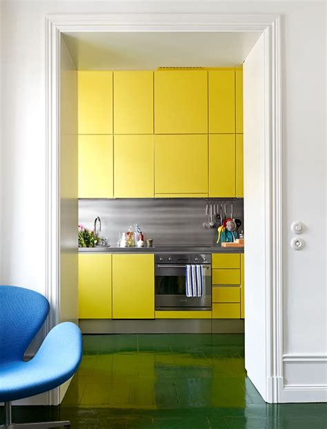 yellow kitchen color schemes best 25 yellow kitchen cabinets ideas on 1690