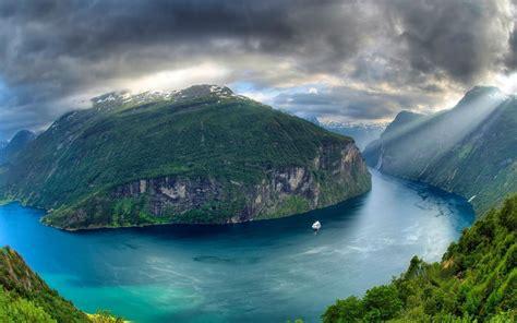 Geiranger Fjord Geiranger Norway World For Travel