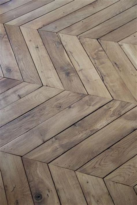 wood pattern floor tiles creating interest with simple materials and pattern greige design