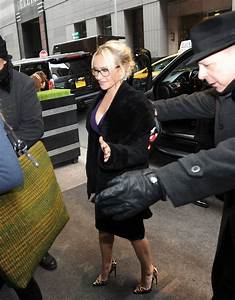 HAYDEN PANETTIERE Arrives Back to Her Hotel in New York 01 ...