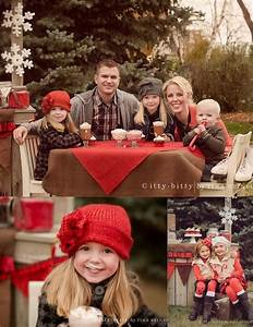 Bing family picture outfit ideas christmas pics for The best short time holiday family pictures ideas