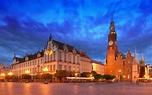 Main Market Square (Rynek Glowny), Krakow, Poland ...