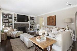 Neutral Living Room - Traditional - Living Room - New York