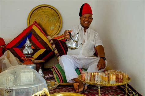 morocco s traditional crafts pottery and zellige tilework how to make authentic moroccan mint tea mint tea tours
