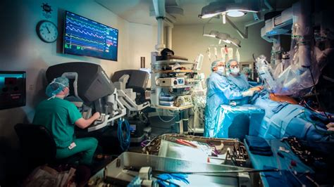 study explores  robots   operating room impact