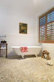 Beach Cottage Bathroom Floors