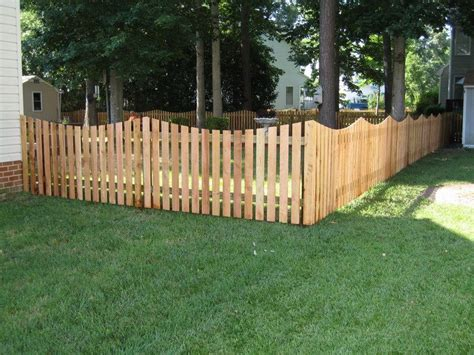 Backyard Fence Options by 4 Ft Cedar Scalloped Picket Fence Ideas