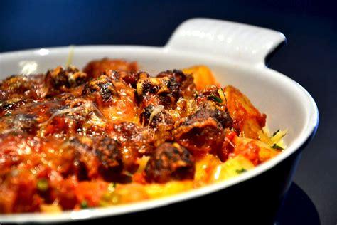 cuisiner des merguez gratin de pommes de terre aux chipolatas et merguez