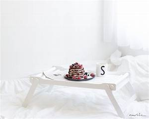 Tischchen Fürs Bett : breakfast in bed nwlife ~ Michelbontemps.com Haus und Dekorationen