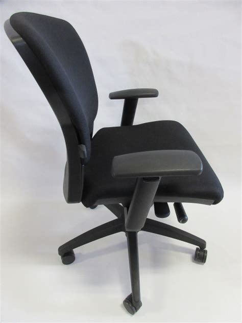 used office chairs teknion savera synchro tilt task