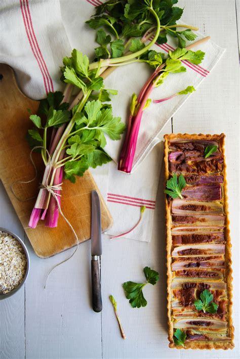 comment cuisiner le celeri branche tarte au céleri et flocons d 39 avoine sans lait aime mange