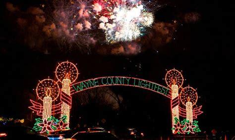 hines drive christmas lights hines drive christmas lights holiday displays and tree