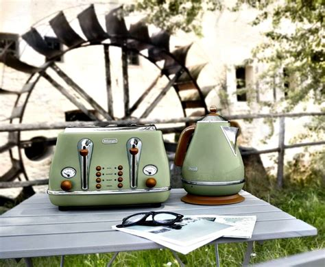 Electric Kettle And Toaster Sets Delonghi Icona Green
