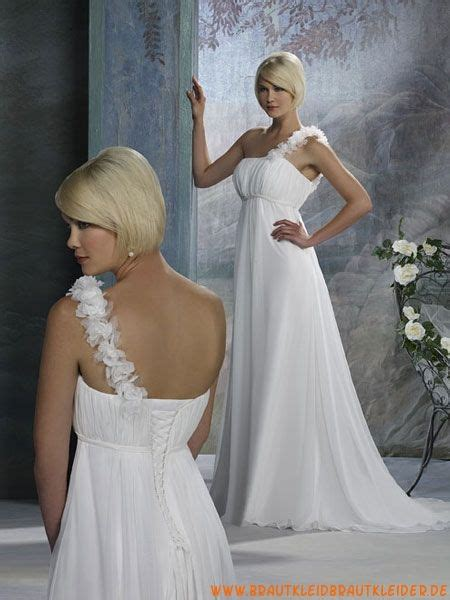 Hier findest du alle liebevoll getragene brautkleider, die nun auf eine zukünftige braut warten, die sie beglücken dürfen. Schlichte Brautkleider aus Taft A-Linie Einschulter ...