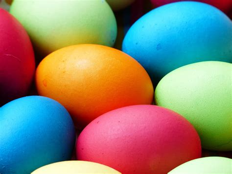 colored easter eggs how to color easter eggs with natural ingredients greener ideal