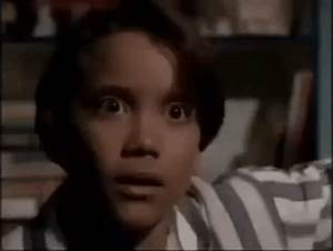 Scared Are You Afraid Of The Dark GIF - Find & Share on GIPHY
