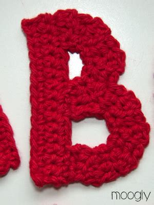 crochet how to crochet letters o s yarn scrap friday patterns of crochet letters crochet 86920