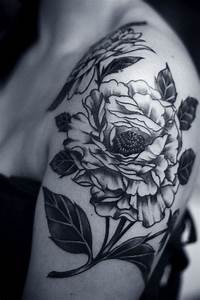 31+ Amazing Black And White Floral Tattoos
