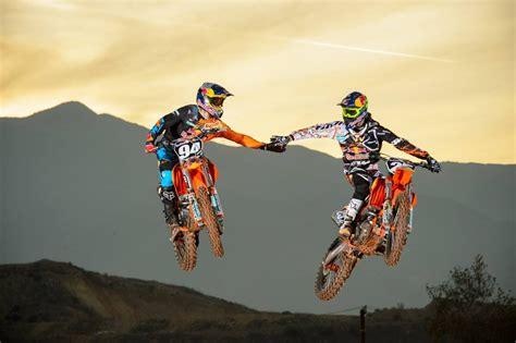 Dirt Bike Racing Pictures We Love Motocross Youtube