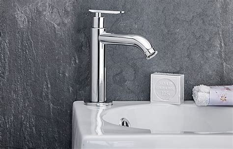 W69 Kaltwasser Armatur Wasserfall Einhand Spültisch KÜchen