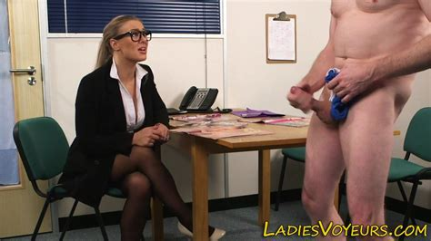 Cfnm Office Domina Babe On Gotporn