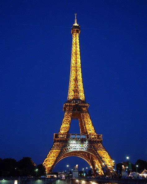 eiffel tower paris france  photo  pixabay