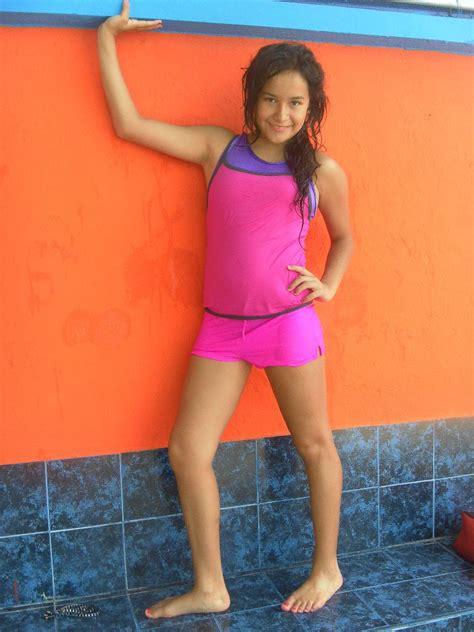 Nude Latina Girl Models