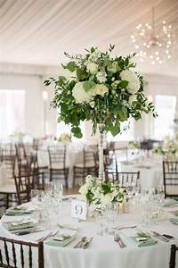 Trending-20 Chic White and Green Wedding Centerpiece Ideas ...