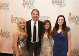 Stand-up comedian Jeff Foxworthy's Blissful Married Life ...