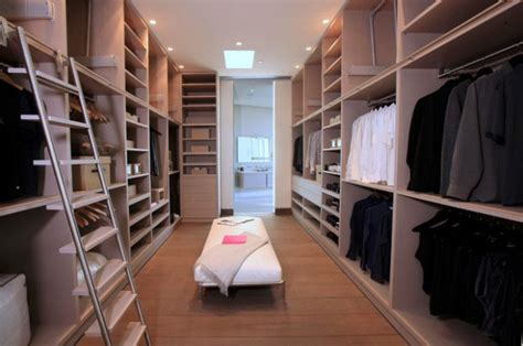 mansion master closet 30 walk in closet ideas for who their image Modern