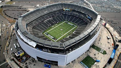 Getting to Metlife Stadium with public transportation - AXS
