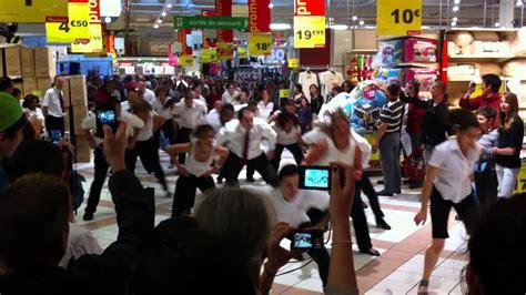flashmob auchan val d europe 21 mai 2011