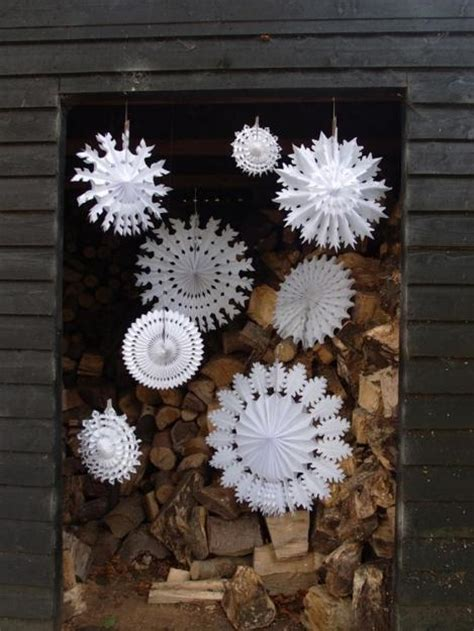 ways   snowflakes  winter home decorating